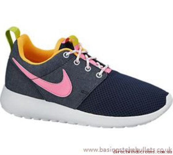 fd0c79848434 Sneakers   Sports - Supply Nike Nike Rosherun Gs Junior Running Shoe - Last  Pairs - Kids EE407365